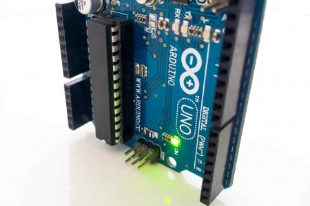 Power up the arduino uno